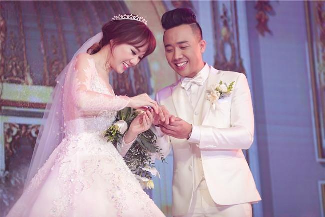 Kỷ niệm 1 năm ngày cưới, vợ chồng Trấn Thành xin off 4 ngày để tận hưởng hạnh phúc riêng-2