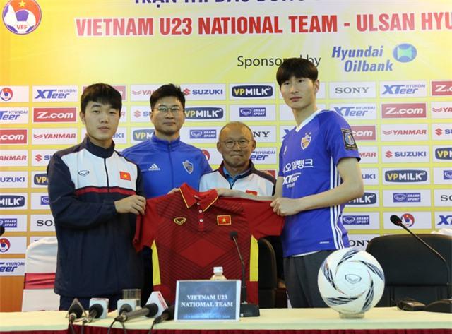 U23 Việt Nam và CLB Huyndai sẽ có trận giao hữu tại Hàng Đẫy vào ngày mai - Ảnh: Gia Hưng