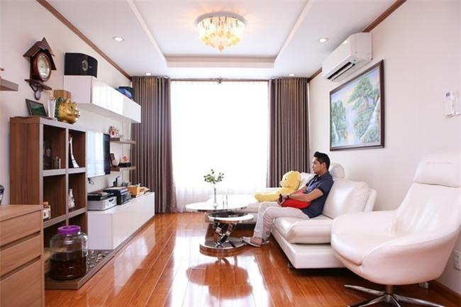 Minh Luân hiện đang sống tại một căn hộ cao cấp tại quận 7, TP.HCM. - Tin sao Viet - Tin tuc sao Viet - Scandal sao Viet - Tin tuc cua Sao - Tin cua Sao