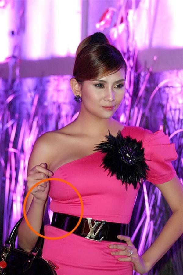 Đẹp như hoa hậu, siêu mẫu showbiz Việt mà cũng từng trầm cảm đến mức muốn quyên sinh!-10
