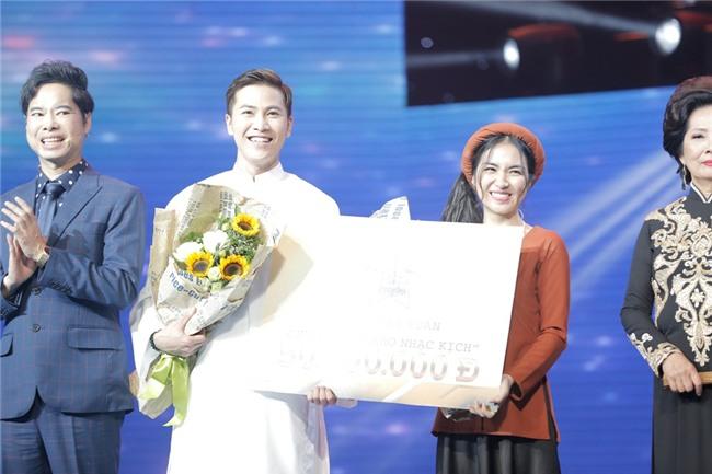 'Cô hàng nước' Hòa Minzy lần thứ 3 giành chiến thắng tại Cặp đôi hoàn hảo-1