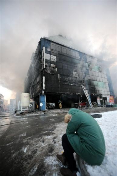 Cập nhật những hình ảnh kinh hoàng từ vụ cháy tại Hàn Quốc: 29 người chết, hàng chục người bị thương - Ảnh 5.