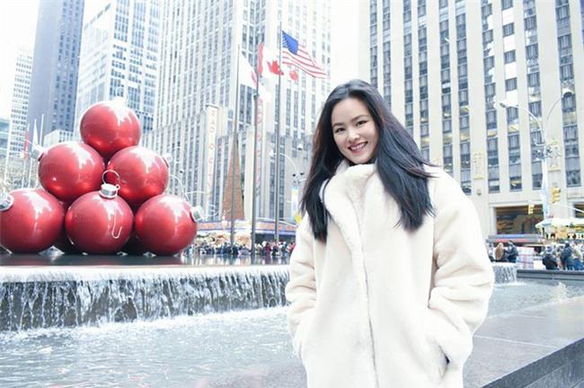 Lâu lắm mới thấy Kỳ Duyên diện đồ điệu, còn Hà Tăng thì đẹp khỏi bàn trong street style tuần này - Ảnh 16.