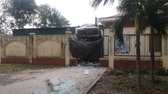 Nghệ An: Nổ cây ATM Vietinbank, thiệt hại hơn nửa tỷ đồng - Ảnh 1.