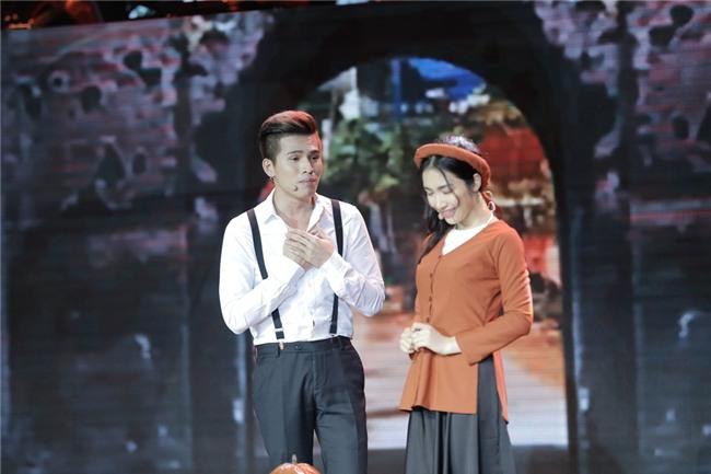 Quốc Thiên liên tục chê Hòa Minzy là ngực lép-2