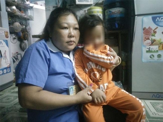 Bé gái 4 tuổi bị bạo hành ở Mầm Xanh tiếp tục có dấu hiệu bị đánh đập ở cơ sở giữ trẻ mới - Ảnh 1.