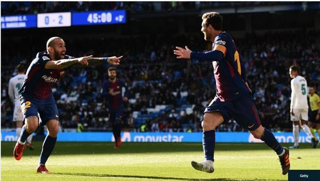 Messi tuột giày vẫn kiến tạo đẳng cấp cho đồng đội ghi bàn - Ảnh 2.