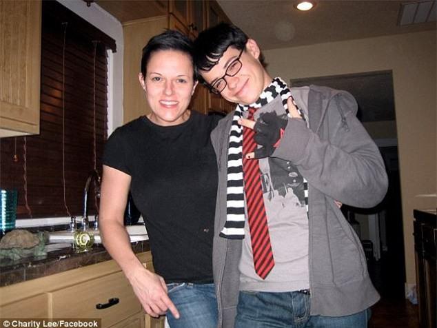 Cậu bé 13 tuổi đâm chết em gái 4 tuổi bằng 17 nhát dao lạnh lùng, lý do khiến bà mẹ bủn rủn chân tay - Ảnh 5.