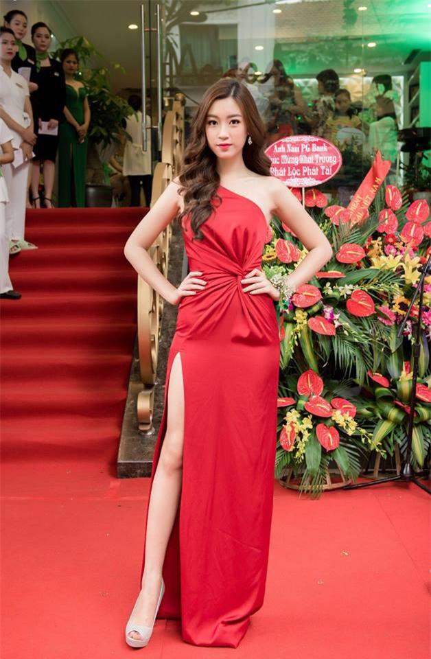 Năm 2017, đây là những người đẹp xứng danh nữ hoàng thảm đỏ showbiz Việt - Ảnh 10.