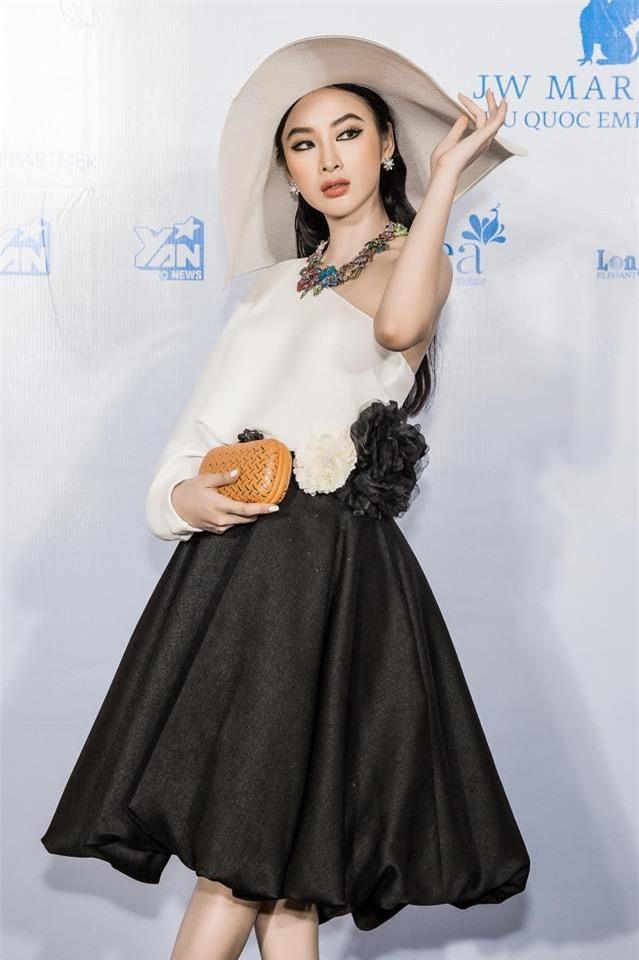 Năm 2017, đây là những người đẹp xứng danh nữ hoàng thảm đỏ showbiz Việt - Ảnh 24.