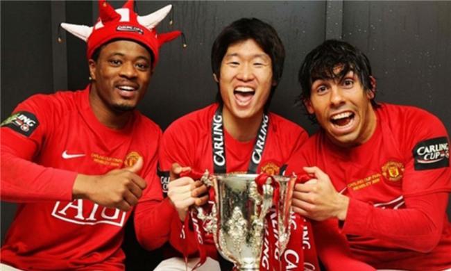 Câu chuyện cảm động về tình bạn của Park Ji-Sung với đồng đội ở Man Utd - Ảnh 2.