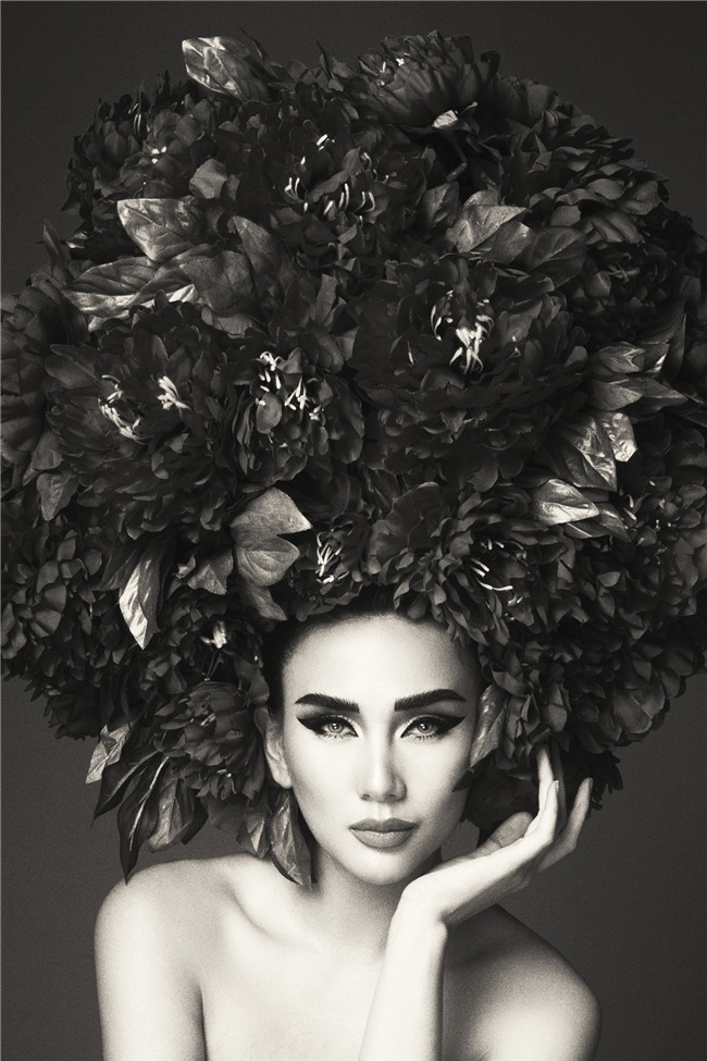 Hà Tăng vai trần, Kỳ Duyên cùng loạt mỹ nhân Việt khác trút bỏ xiêm y trong bộ ảnh của NTK Đỗ Mạnh Cường - Ảnh 18.