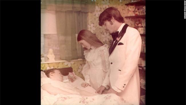 """""""Mẹ ơi đừng bỏ con"""" - lời khẩn cầu của con gái trong phòng cấp cứu và sự kiên trì của người mẹ gần 4 thập kỉ - Ảnh 8."""