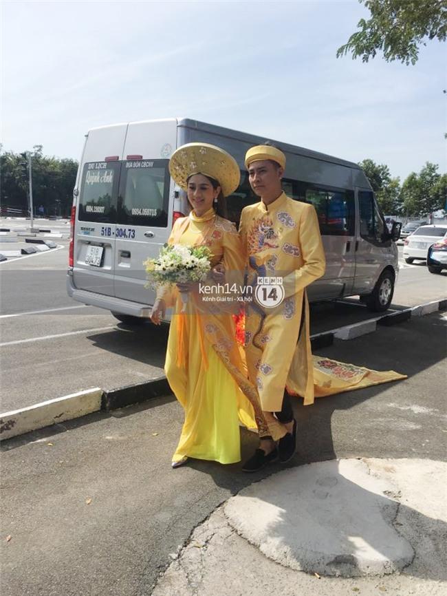 Cô dâu Lâm Khánh Chi diện áo dài long phụng quét đất về nhà chồng - Ảnh 3.