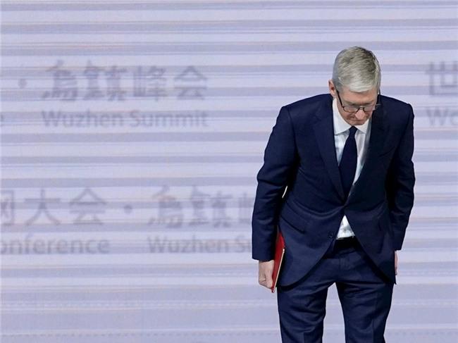 Apple chính thức xin lỗi và giảm phí thay pin cho iPhone