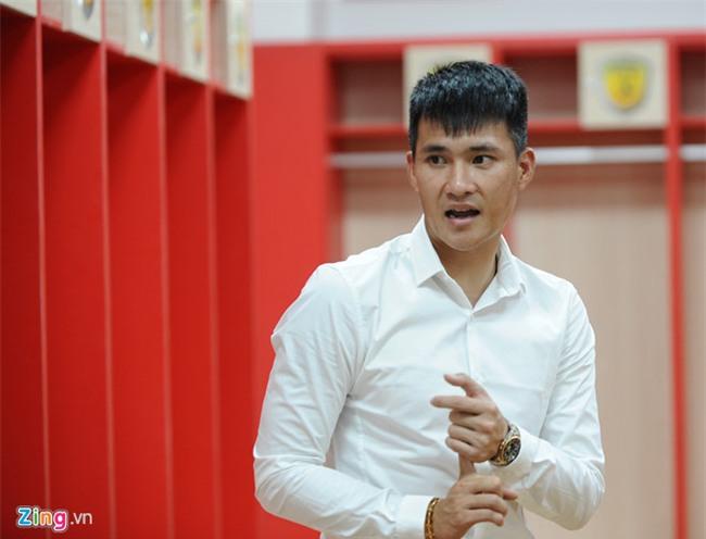 Cong Vinh: 'Cong Phuong can lon nhanh hon nua trong nam 2018' hinh anh 4