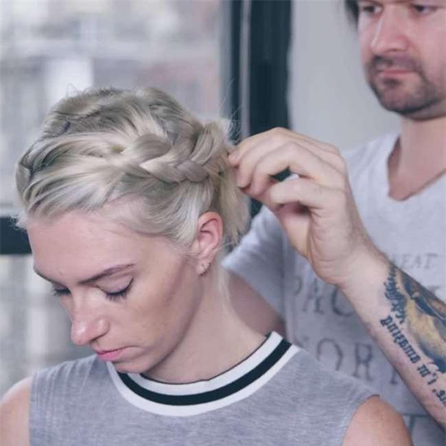 Chồng mỗi ngày dậy sớm làm tóc cho vợ, lý do thật sự của cặp đôi này làm cho ai cũng phải gật gù thán phục - Ảnh 2.