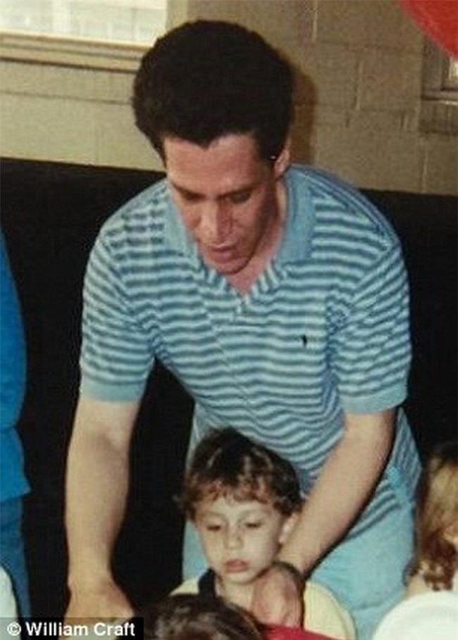 Bị bắt cóc suốt 13 năm, biết được lý do, chàng trai cầu xin tòa án tha cho người bắt cóc mình - Ảnh 2.