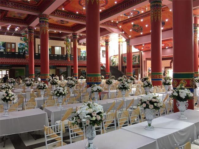 5 đám cưới nức tiếng vì độ xa hoa trong năm 2017: dựng rạp mấy ngàn mét vuông, trang trí 6-7 tỷ đồng - Ảnh 8.