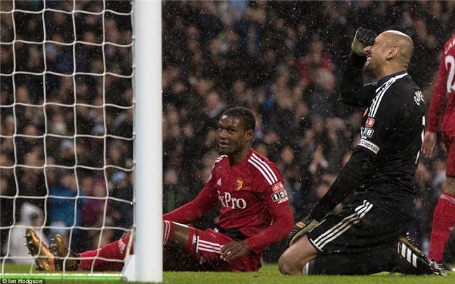 Sterling ghi bàn sau 39 giây, Man City lại hơn Man Utd 15 điểm - Ảnh 7.