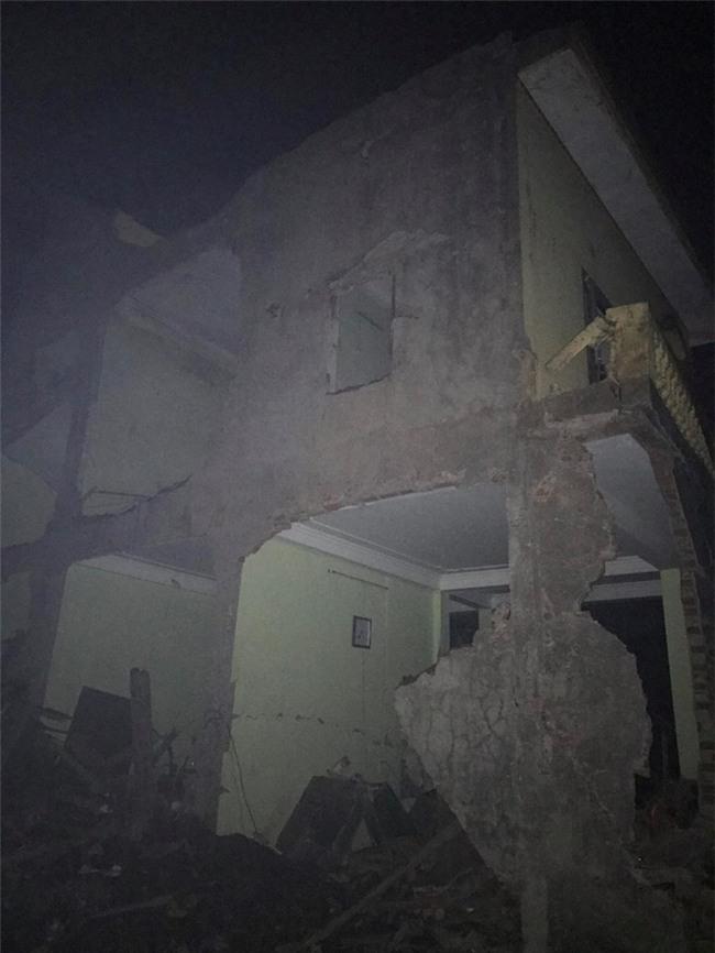 Nổ kinh hoàng ở Bắc Ninh lúc rạng sáng khiến 2 cháu bé tử vong, nhiều ngôi nhà bị san phẳng - Ảnh 8.