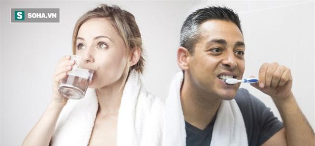 Sau khi ngủ dậy nên uống nước hay đánh răng trước: Đơn giản nhưng ít người trả lời đúng-2