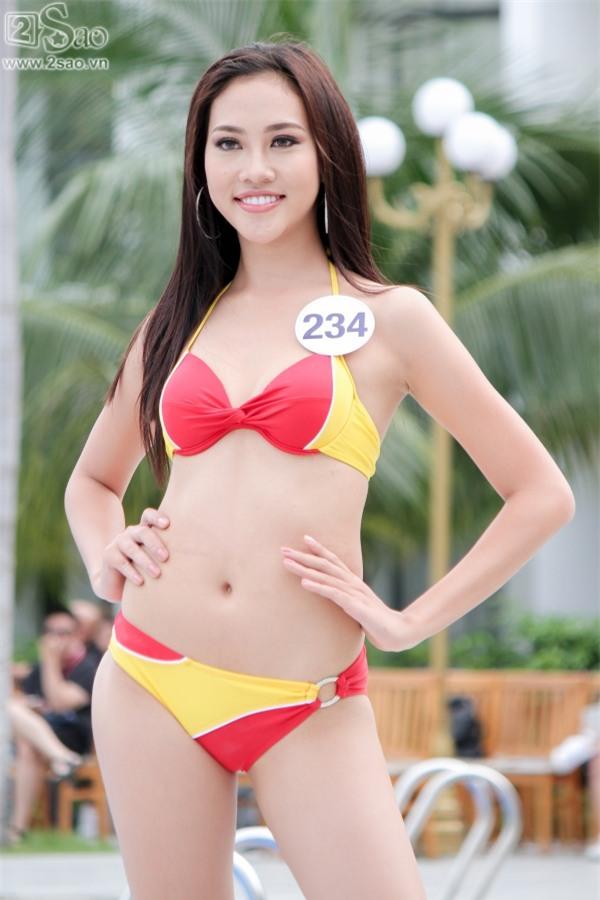 Thí sinh Hoa hậu Hoàn vũ khoe đường cong rực lửa với bikini gợi cảm-12