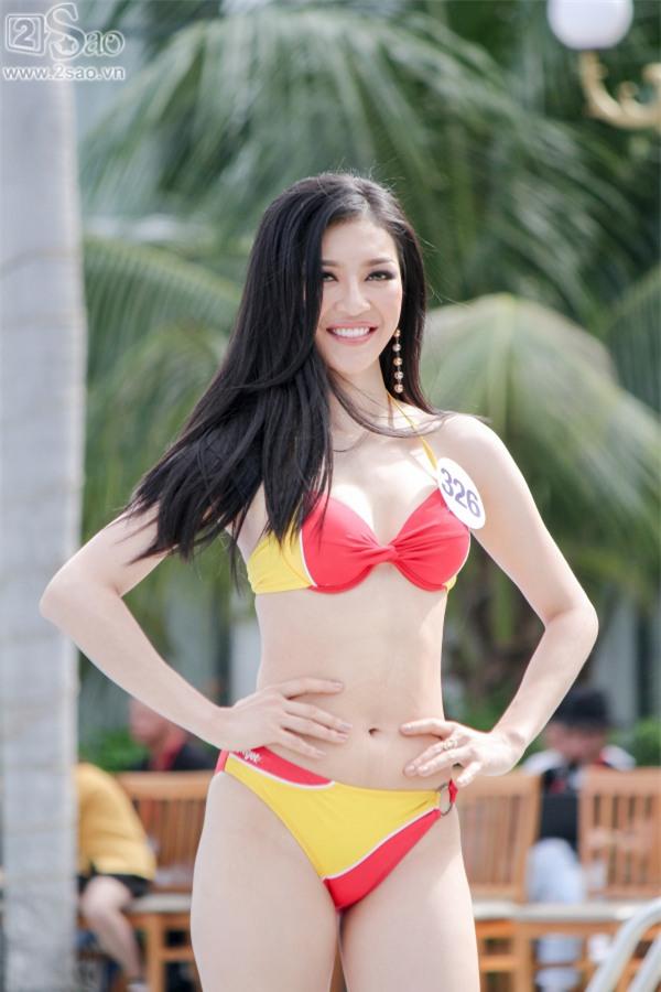 Thí sinh Hoa hậu Hoàn vũ khoe đường cong rực lửa với bikini gợi cảm-9