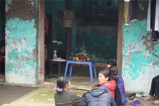Nổ kinh hoàng ở Bắc Ninh: Bố mẹ nằm viện cấp cứu, chưa hay biết tin con trai 1 tuổi đã qua đời - Ảnh 1.