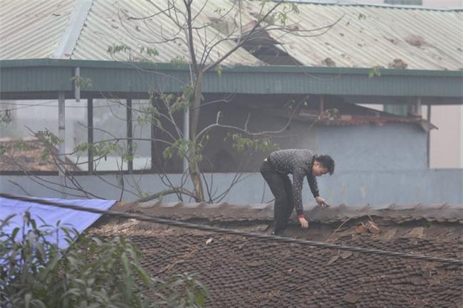 Vụ nổ ở Bắc Ninh: Sáng nay, công binh đã thu gom hơn 1 tấn đạn - Ảnh 11.