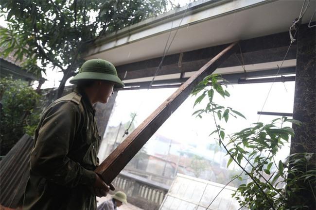 Vụ nổ ở Bắc Ninh: Sáng nay, công binh đã thu gom hơn 1 tấn đạn - Ảnh 8.