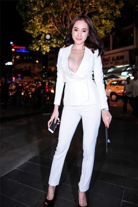 Angela Phương Trinh: Hành trình biến hình trở thành mỹ nhân siêu vòng 3 cực nóng bỏng của Vbiz - Ảnh 1.