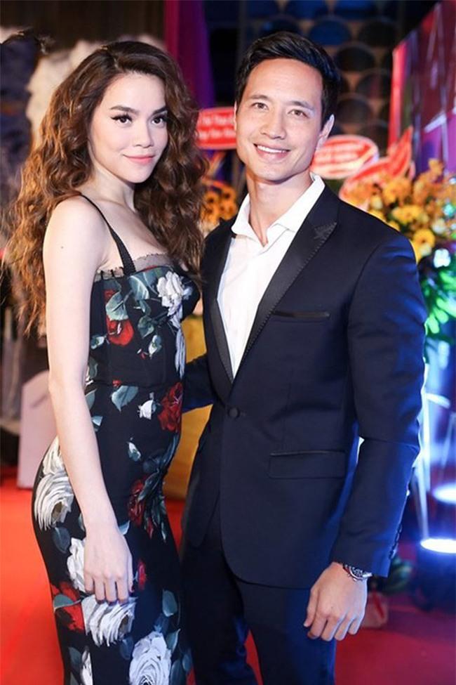 Kim Lý sau khi yêu Hà Hồ: Chẳng đứng gần chụp ảnh cùng bất cứ mỹ nhân Vbiz nào, chỉ sát cánh bên hai mẹ con Subeo - Ảnh 1.