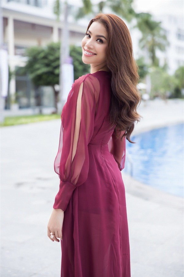 Phạm Hương: Hoa hậu kiếm được nhiều hay ít nằm ở công sức bỏ ra-3