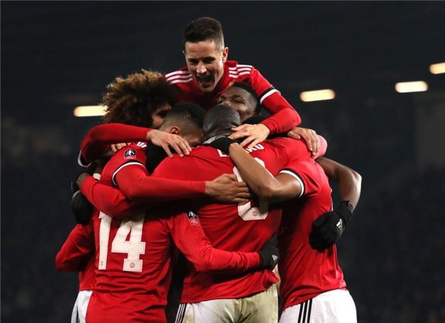 Lingard lập tuyệt phẩm, Man Utd chật vật đi tiếp ở FA Cup - Ảnh 5.