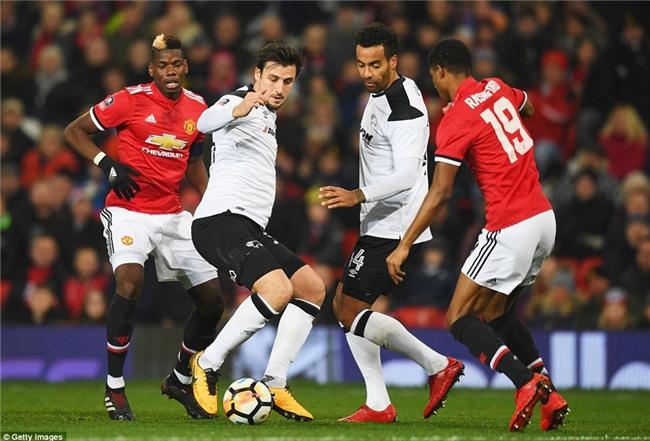 Lingard lập tuyệt phẩm, Man Utd chật vật đi tiếp ở FA Cup - Ảnh 9.