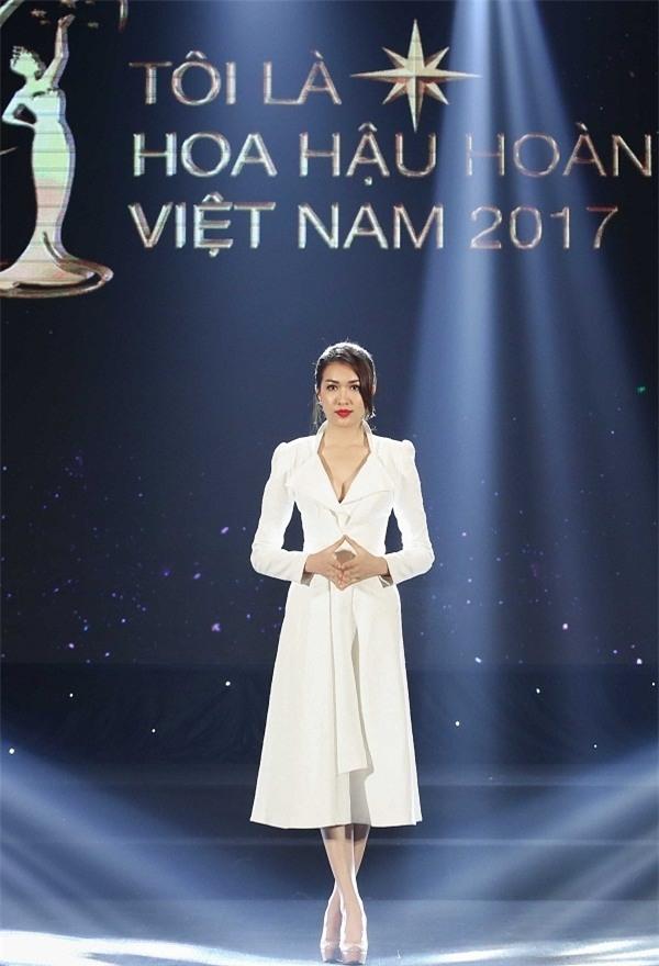 Những trận chiến nảy lửa của dàn mỹ nhân trước chung kết Hoa hậu Hoàn vũ Việt Nam 2017-5