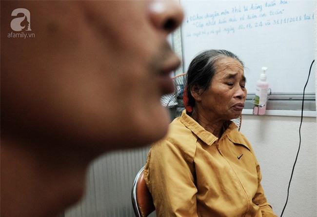 Mẹ đơn thân cạn nước mắt chăm con bị tai nạn nguy kịch vì dừng lại cứu người - Ảnh 6.