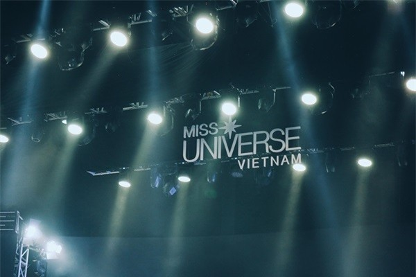 Hé lộ sân khấu Chung kết hoành tráng của Hoa hậu Hoàn vũ Việt Nam 2017