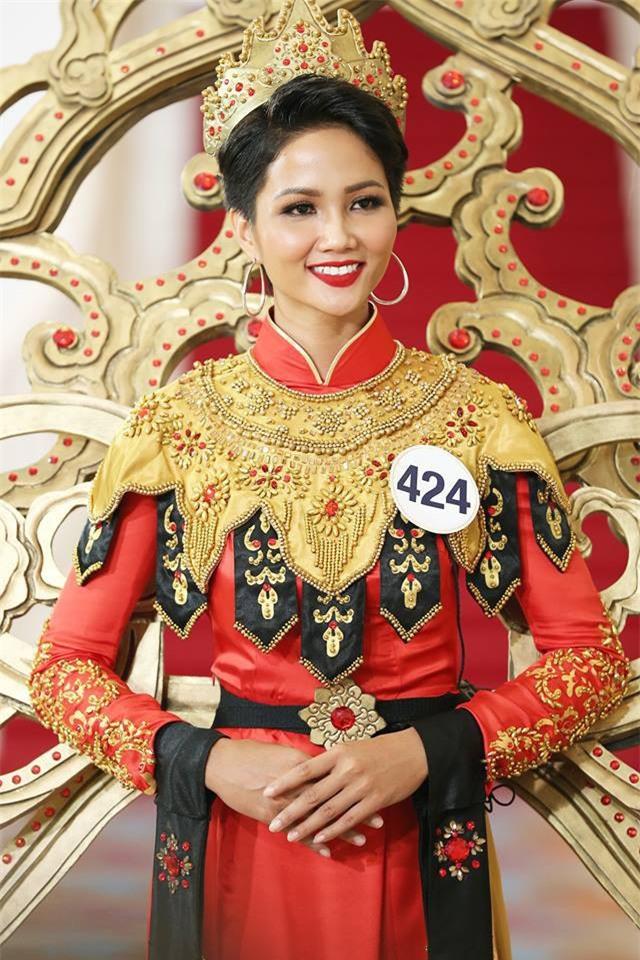 Hành trình nhan sắc của HHen Nie từ khi còn ở Việt Nam Next Top Model đến Tân Hoa hậu Hoàn Vũ Việt Nam 2017 - Ảnh 19.
