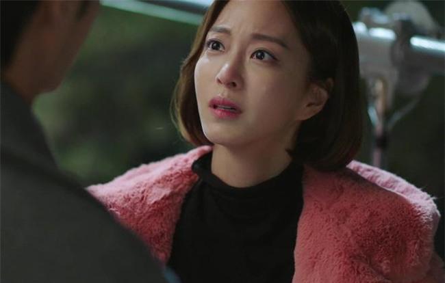 "nghi ngo vo doi tra bat toi ""do vo"" vi con gai cang lon cang khong giong bo - 2"