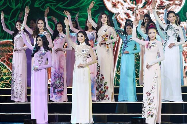 Áo dài đêm chung kết HHHV: Xem mà cứ ngỡ nhầm phải cuộc thi Hoa hậu nào năm xưa - Ảnh 3.