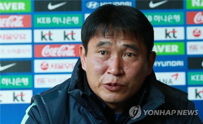 Huấn luyện viên Hàn Quốc bất ngờ khen U23 Việt Nam - Ảnh 1.
