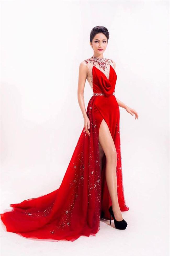 Mới đăng quang được 1 ngày, dân tình đã soi ra Tân Hoa hậu HHen Niê từng đụng hàng cả Kỳ Duyên lẫn Lan Khuê - Ảnh 2.