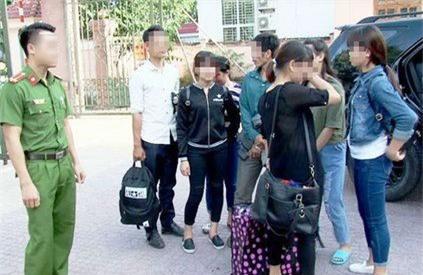 Lời kể của 2 sơn nữ bị bắt cóc ép vào động mại dâm ở Trung Quốc - Ảnh 2.