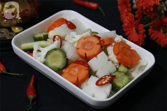 Chuẩn bị cho Tết lưu ngay cách làm rau củ muối chua ngọt đảm bảo ăn gì cũng không ngán - Ảnh 5.