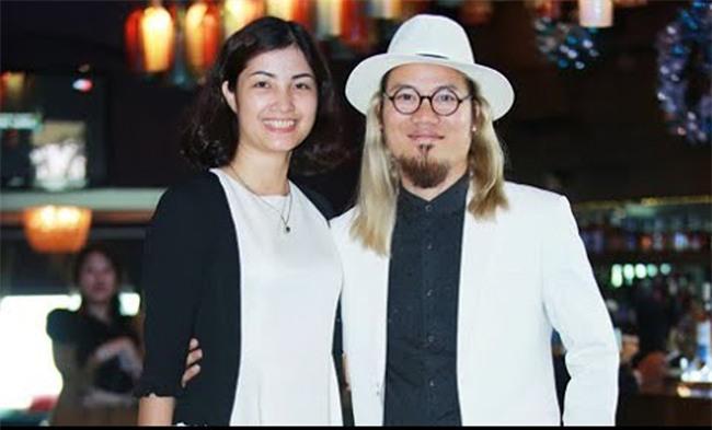 Diễn viên hài Việt: Chẳng phải đại gia vẫn cưới được chân dài