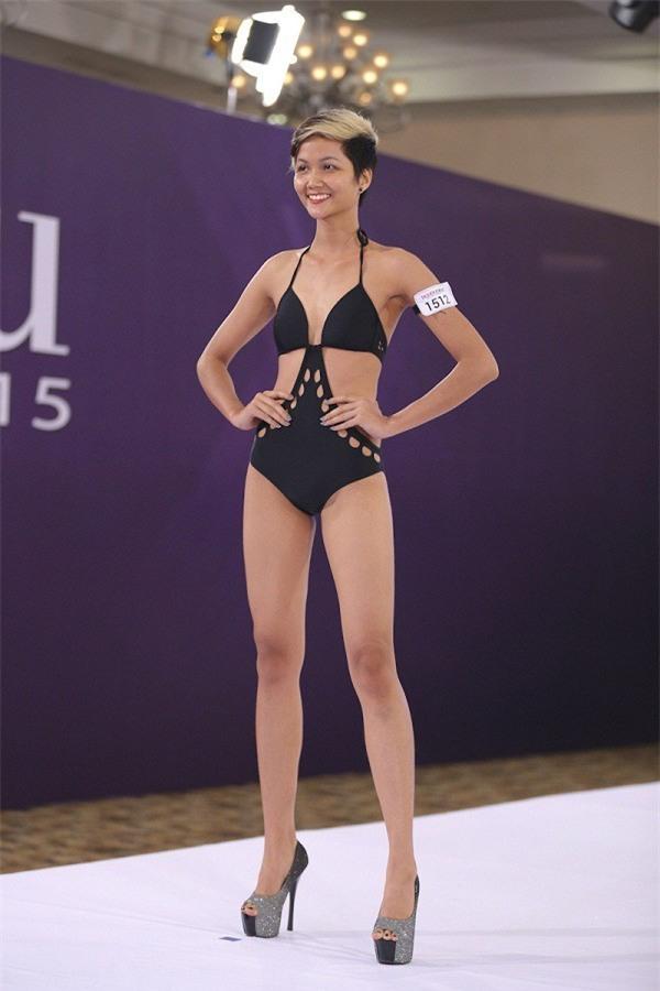 Body của HHen Niê từ Next Top đến Hoa hậu: Dậy thì thành công! - Ảnh 2.