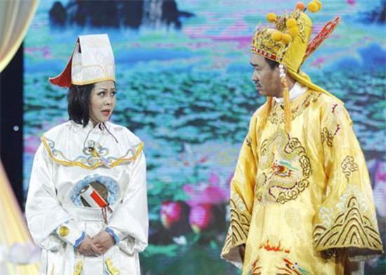 nsut minh hang: trai qua 2 doi chong nhung van chua mot lan sinh con - 1