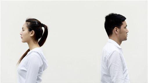 Không chịu nổi vợ ở bẩn, chồng ly hôn sau 13 năm chung sống - Ảnh 2.